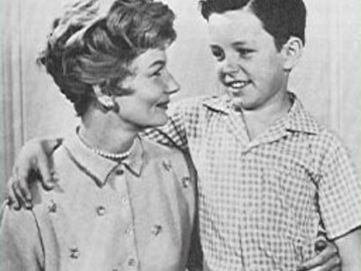 June Cleaver, The Perfect Mom